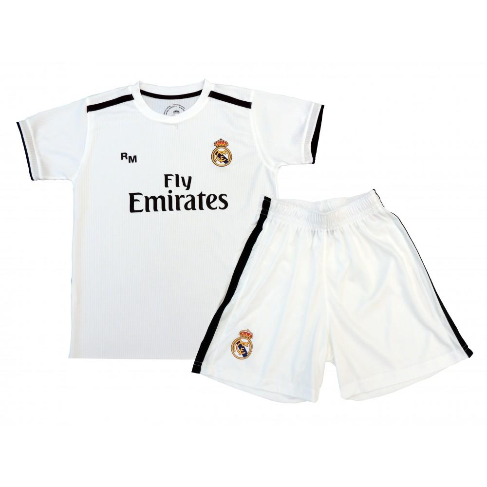 3f92106ad1ace Primera Equipación Réplica Oficial del Real Madrid 2018-19. Está compuesta  por la camiseta y los pantalones. Este producto es una Réplica Oficial o  Producto ...