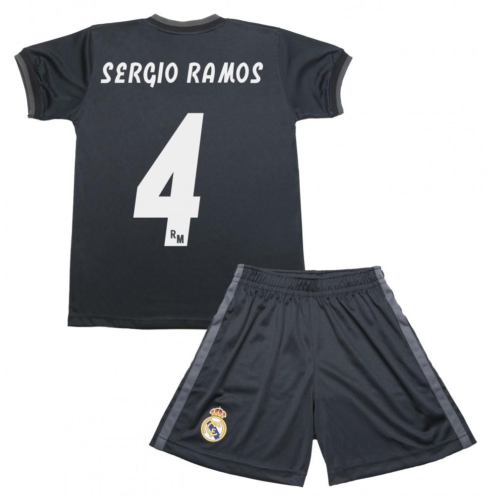 Segunda Equipación Sergio Ramos Réplica Oficial del Real Madrid 2018-19.  Está compuesta por la camiseta y los pantalones. Este producto es una  Réplica ... 1178d9c6de213